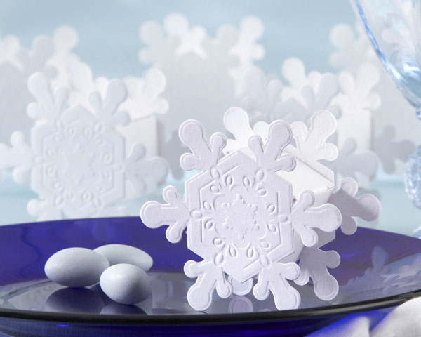 Photo Credits winter centerpieces snowflake favor Posted in Reception